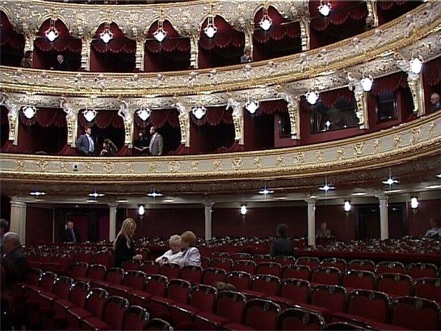Как возник и развивался оперный театр?