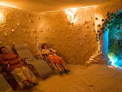 Соляная пещера ( галокамера ) в санатории Одесса